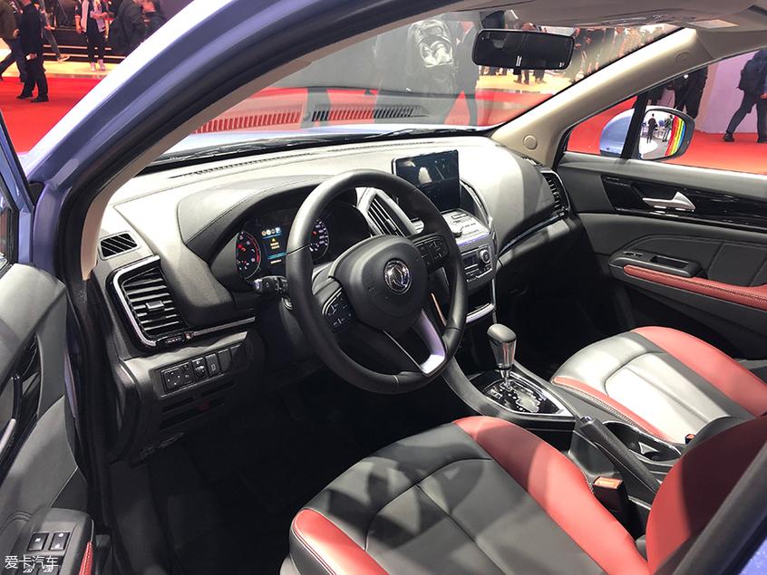 2019上海车展 东风风神新款AX5正式亮相