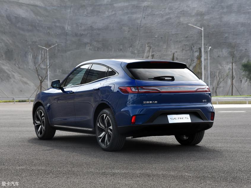 金康首款纯电SUV SF5发布 上海车展亮相