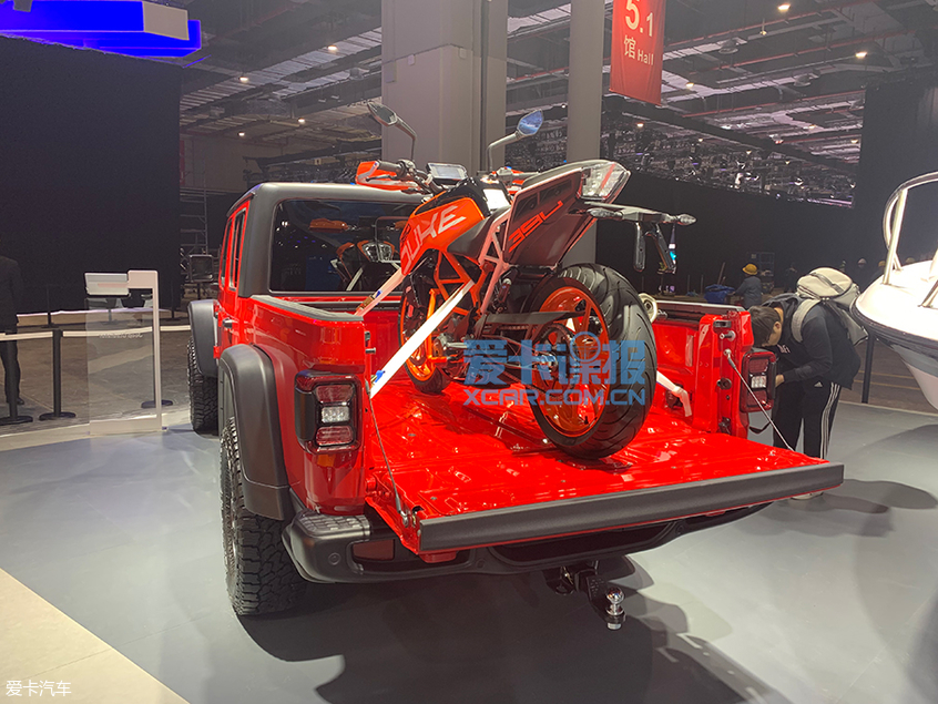 上海车展探馆:Jeep多款新车亮相展台