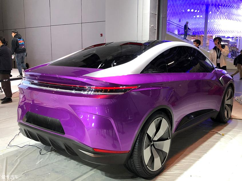上海车展探馆:合众全新概念车EPX抢先拍