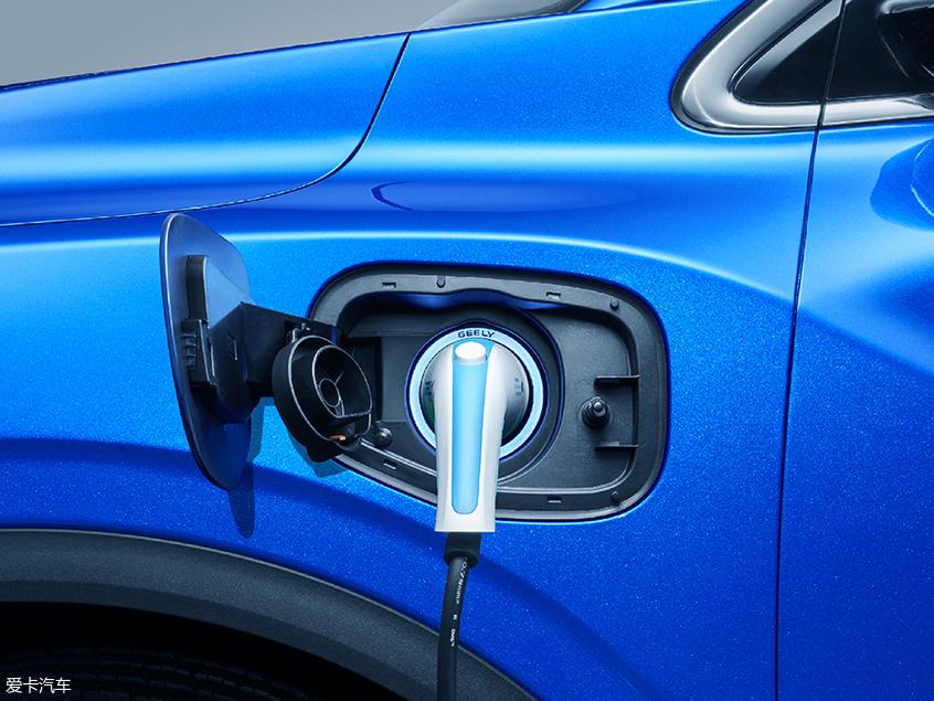 吉利缤越PHEV车型官图 百公里油耗1.4L