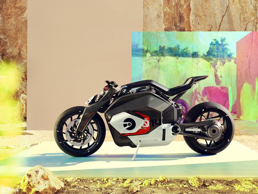 宝马Motorrad Vision DC Roadster概念车