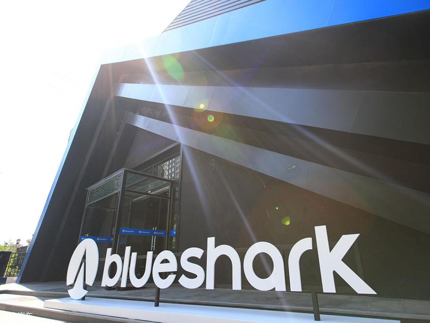 蓝鲨Robor智能电动摩托车北京正式发布-爱卡汽车