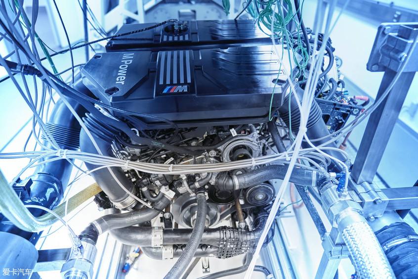 宝马X3 M/X4 M正式上市