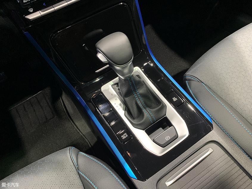 2019成都车展 全新起亚K3 PHEV正式上市