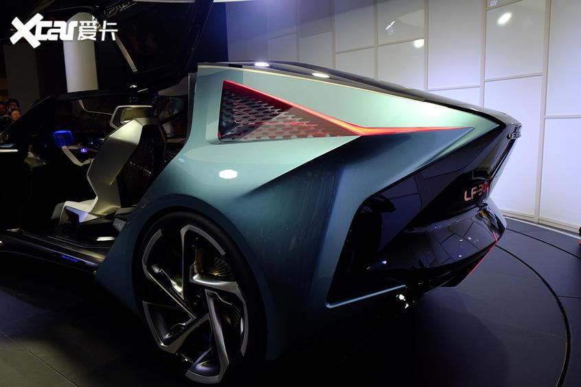雷克萨斯LF-30纯电动概念车