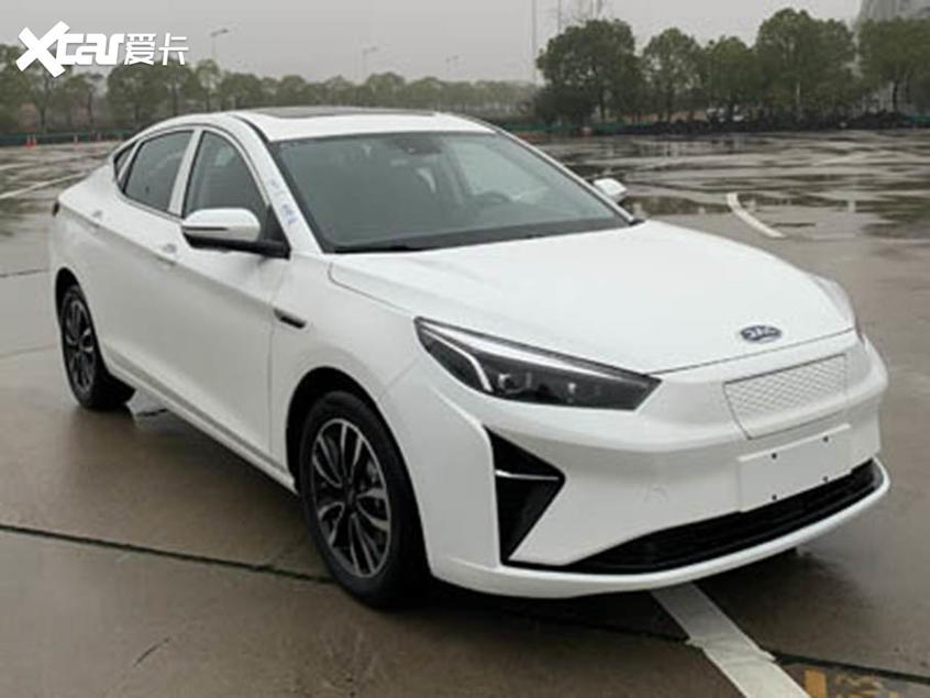 江淮嘉悦A5纯电动版