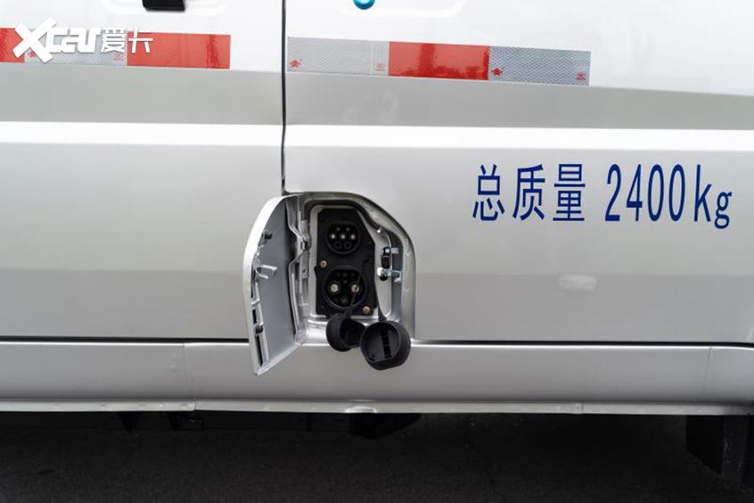 五菱荣光电动车