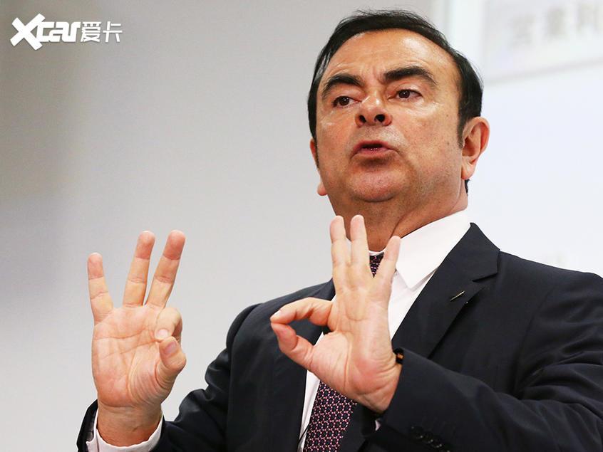 日产起诉前董事长 要求赔偿100亿日元