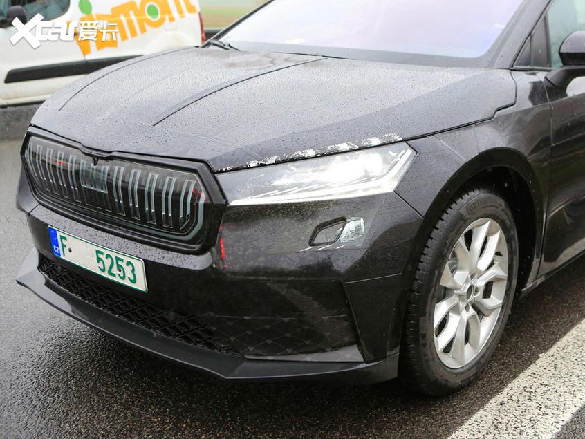 斯柯达Enyaq纯电动SUV谍照 基于MEB平台