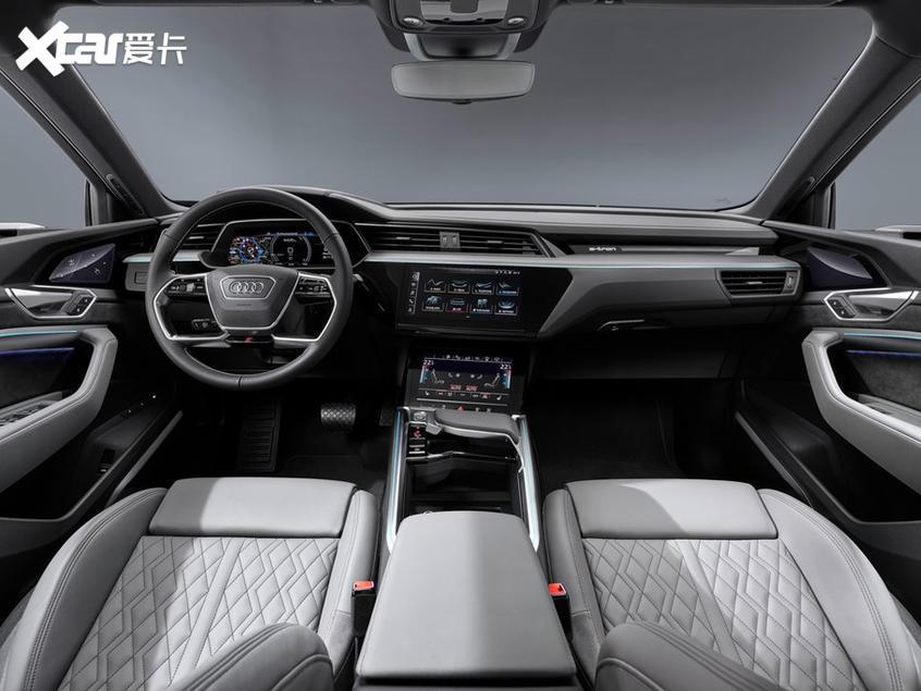 奥迪e-tron轿跑版最新官图 将10月上市