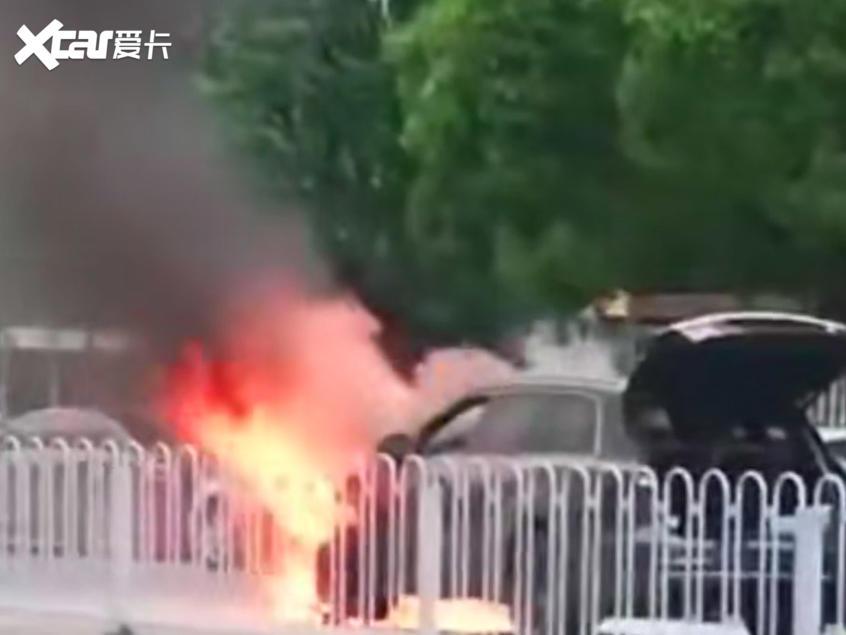理想ONE曝出国内首次起火 官方已回应
