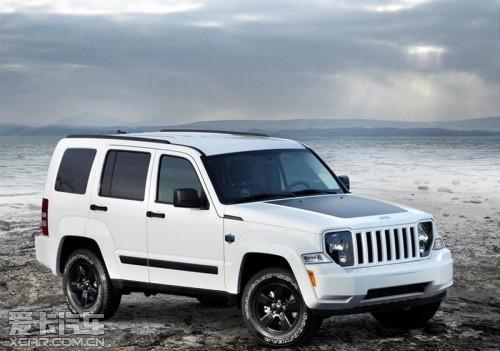 jeep自由人高清图片