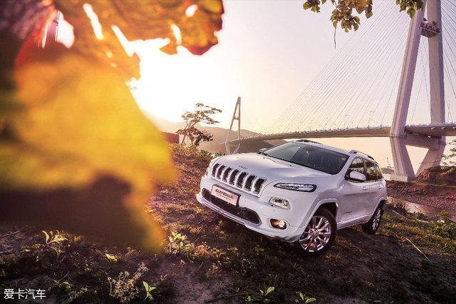 Jeep自由光