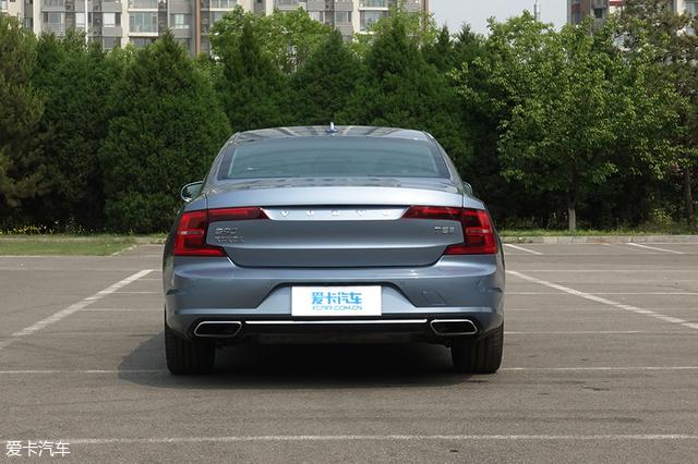C级豪华轿车对比