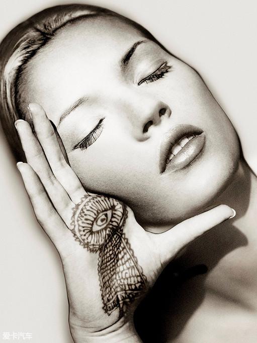 Kate Moss杂志封面