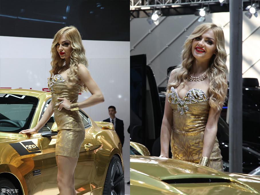 """2015年,在经历了封""""模""""的上海车展后,车迷朋友的车展福利项目——车模,终于得到解禁。越来越多的外国车模也闻声而来,这样车展别样精彩。"""