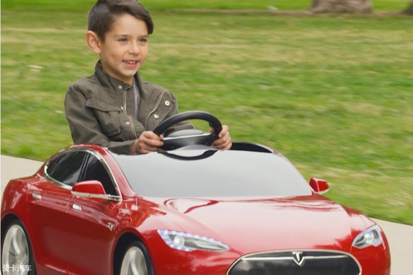 特斯拉Model S儿童版电动车