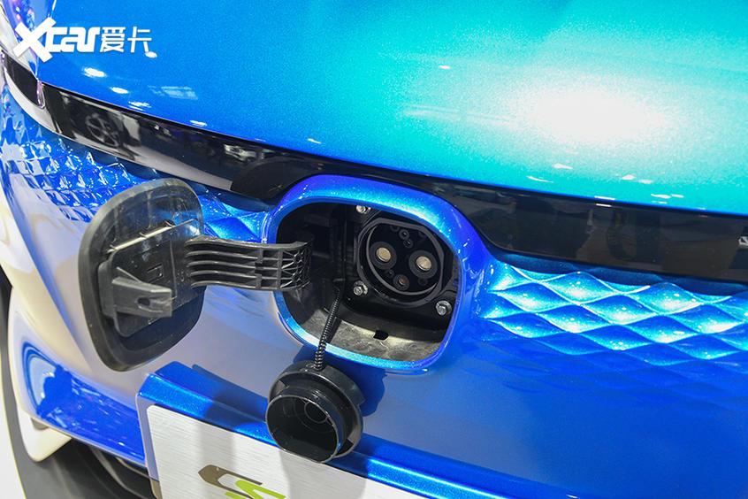 实拍长安CS15 E-Pro