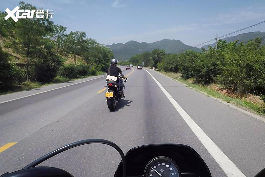摩托车安全骑行