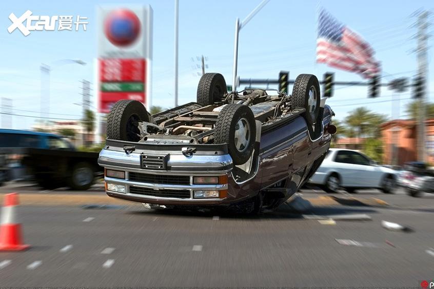 高速遇前车急刹车