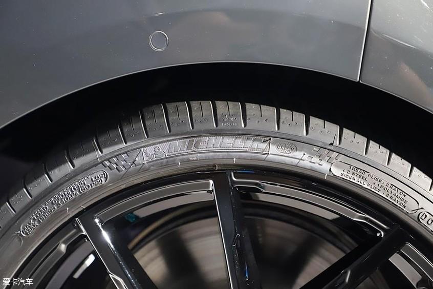 豪车轮胎品牌