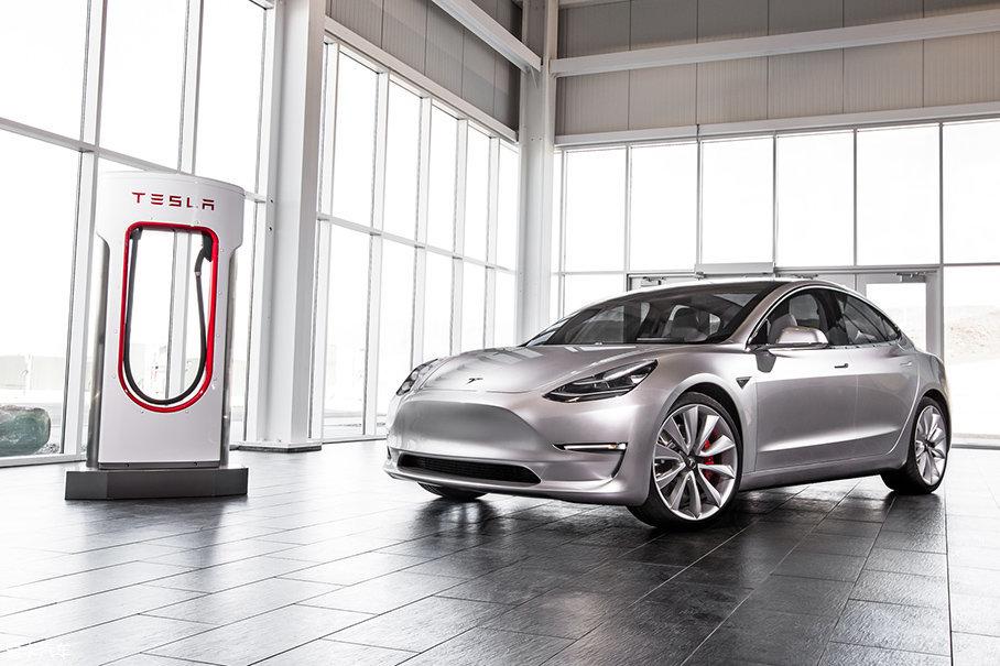 特斯拉Model 3下线