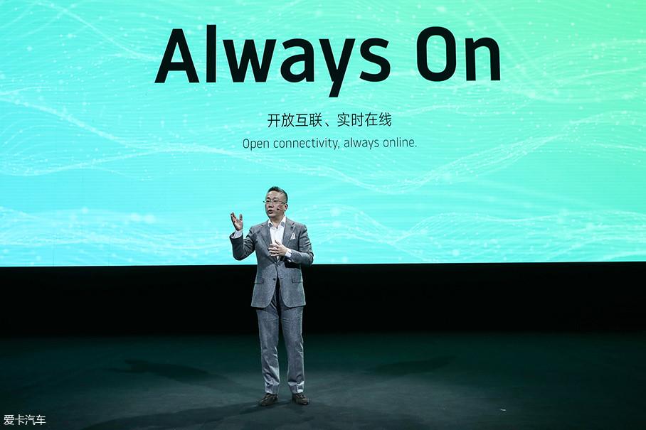 """威马强调""""always on""""的概念,非常重视智能互联。但是在如今这个时代,这已经算不上什么亮点了。"""
