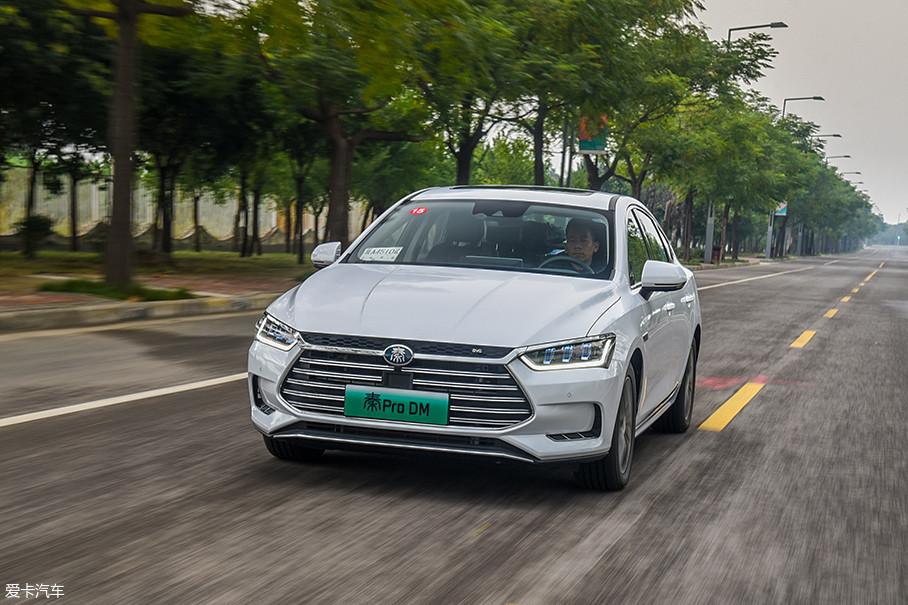 在EV模式下,如果电量充足,那么油门踩到底发动机也不会介入,最高时速可达150km/h。