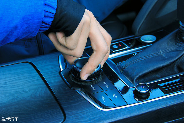 宝沃BX7;宝沃B-Link智能互联系统;车载系统