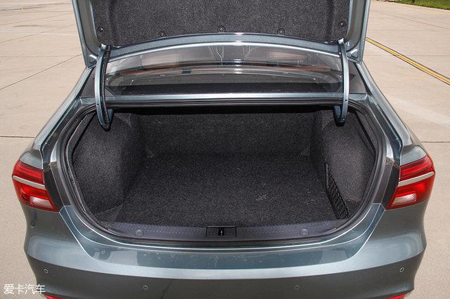 10款三厢/MPV/SUV中国品牌车型用车体验