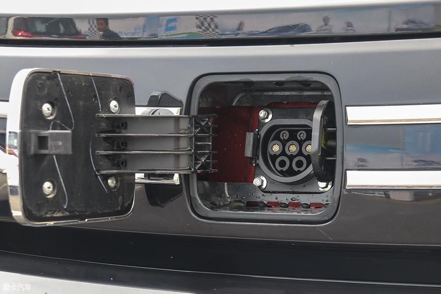 众泰 E200 Pro