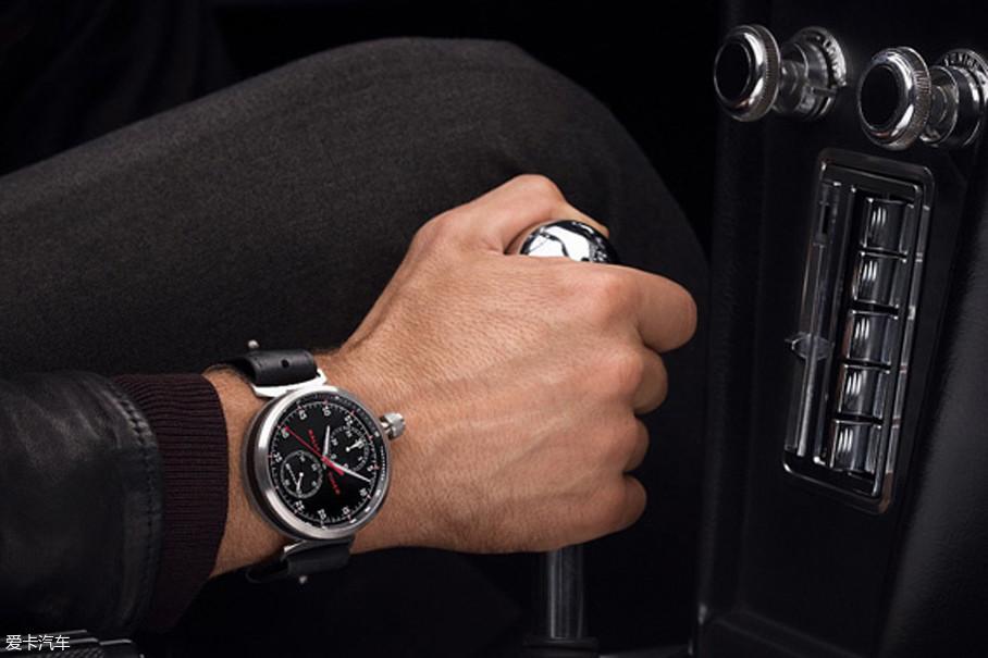 """爱车之人都听过""""车表不分家""""这句话,所以,拥有一台属于自己的汽车和一块腕表似乎成为了对品质有追求那些人们的形象名片。"""