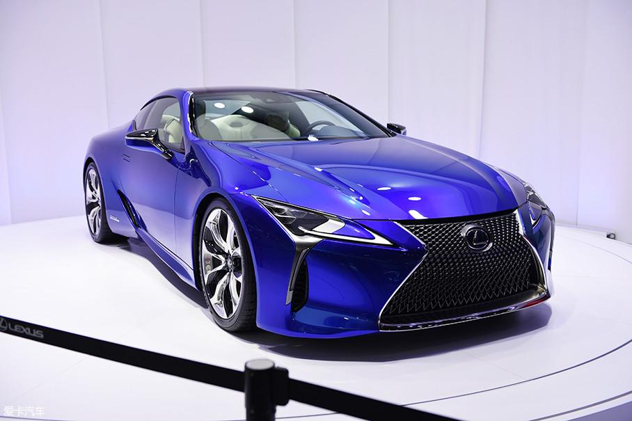 雷克萨斯LC车型是该平台的第一款量产车型,雷克萨斯旗舰车型LS也是基于这一平台打造,未来,这一平台会扩展到雷克萨斯更多车型上。