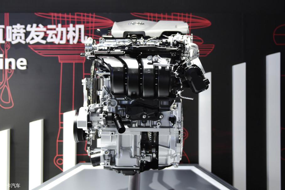 为了更大程度发掘发动机的潜能,丰田从发动机基本骨架开始重新考虑,对发动机部件、结构进行了革新,尤其是对关乎混合气燃烧的零部件进行了改进和优化。