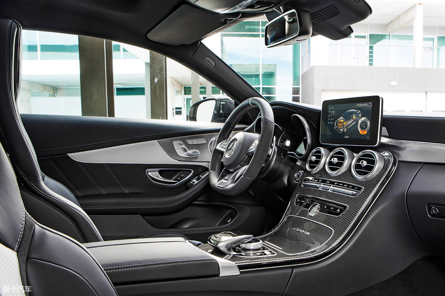 奔驰AMG C63 Coupe