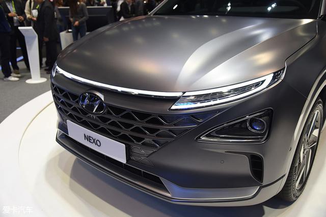 现代燃油电池汽车;现代NEXO
