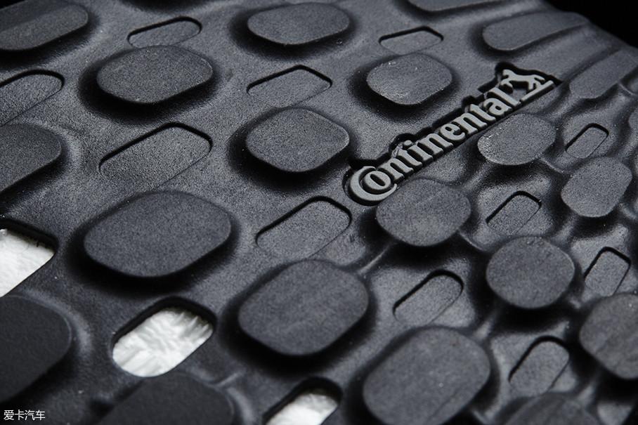 马牌轮胎就和adidas等鞋商有着紧密合作。