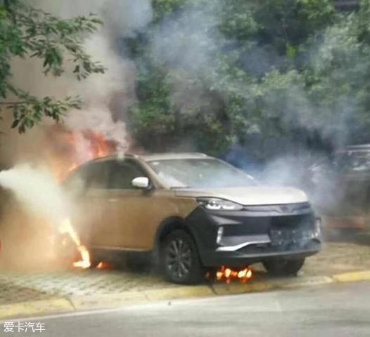 【转帖】威马试装车自燃,电动汽车安全再预警