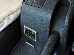 创意改装 高尔夫车内安装逆变电源