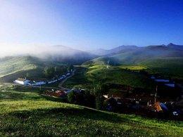 常年碧翠 美丽的青海照壁山
