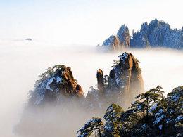 景致依旧如故 冬日风雪黄山行