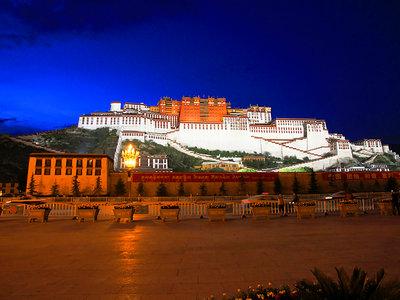 【哈弗H5迎新年】朝圣者向往之地——布达拉宫