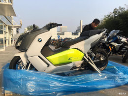 怒提BMW C Evolution小电动