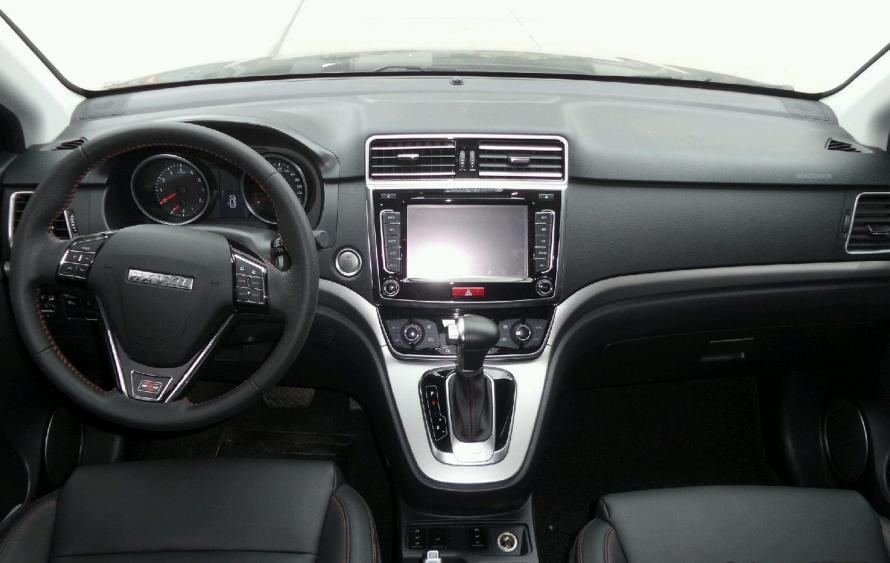 运动版 1.5T 自动两驱豪华型