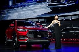同级最宽SUV,定位新B级,比亚迪宋PLUS 11.58万起