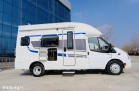 国六款飞翔福特T型房车,颜值出众,专项设计新颖