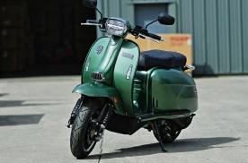 入门踏板摩托怎么选,先看需求和预算,次看配置ABS很重要