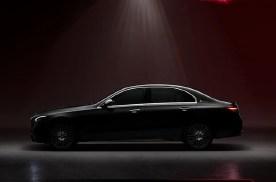 全新国产奔驰C级长轴版预告图发布,车身长度和轴距同级别领先