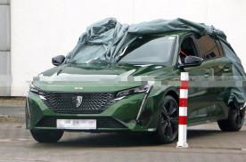 全新一代标致308裸车谍照 换装全新logo徽标/或年内首发